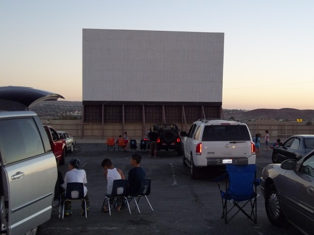 8 Skyline Drive In Cinema