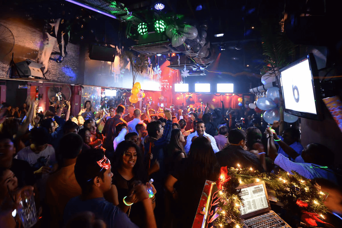 20 Hip Bars To Get Your Drink On In Kuala Lumpur