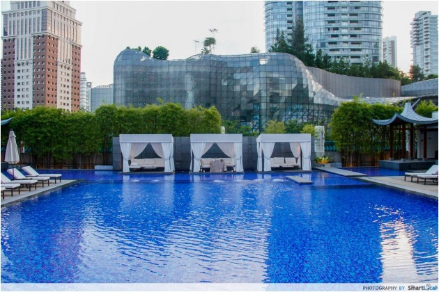 Marriott Hotel Pool Grill Review: A Spanish Fiesta By The Pool In The Middle Of Orchard