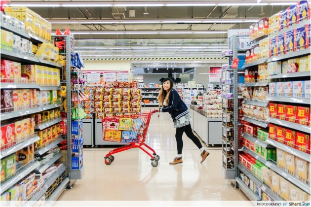 The Smart Local - Kimberly shopping at Lotte Mart