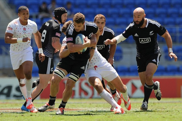 7 Reasons You CANNOT miss the HSBC World Rugby Singapore Sevens This April