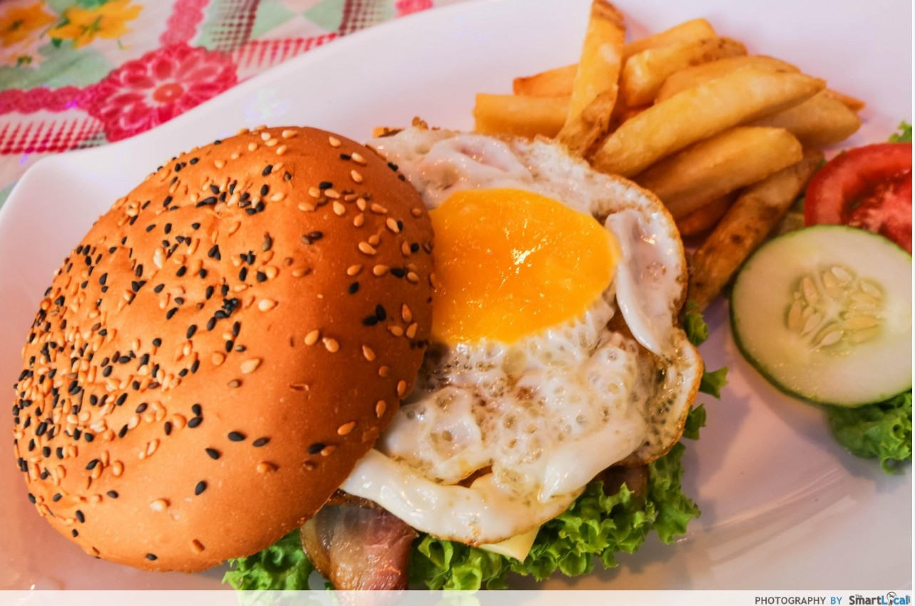 Mama Laksa Burger with Fries at Woody Family Cafe