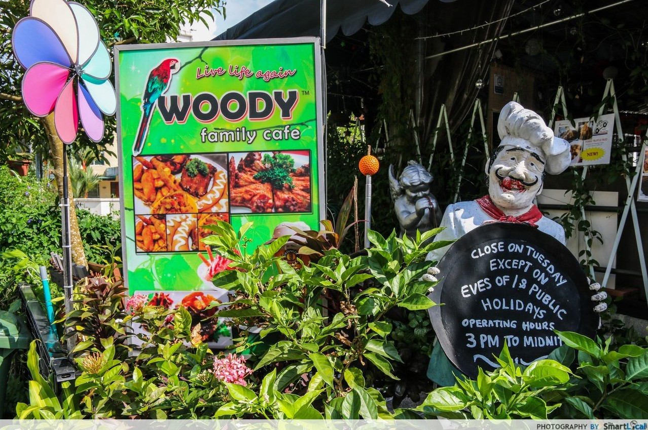 Woody Family Cafe - This Wild And Wacky Cafe Makes You Dine Within A Forest!