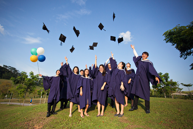 10 Job Hunting Tips For Fresh Grads That Your Schools Wouldn't Teach You