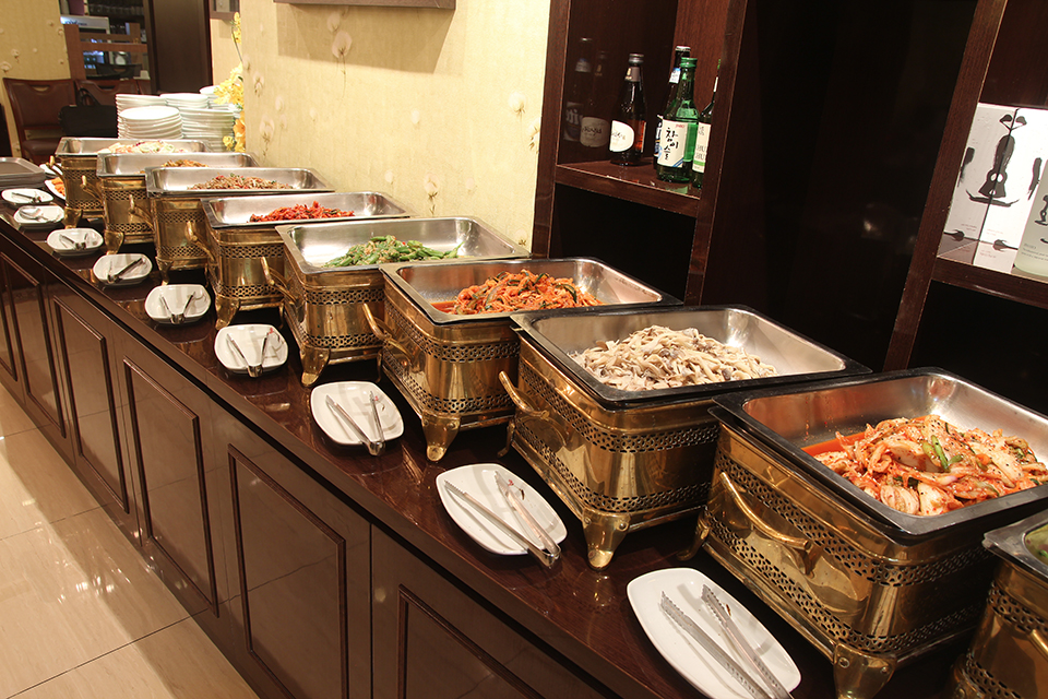 Cheap Korean Food In Singapore - BBQ Buffet Regent Hotel