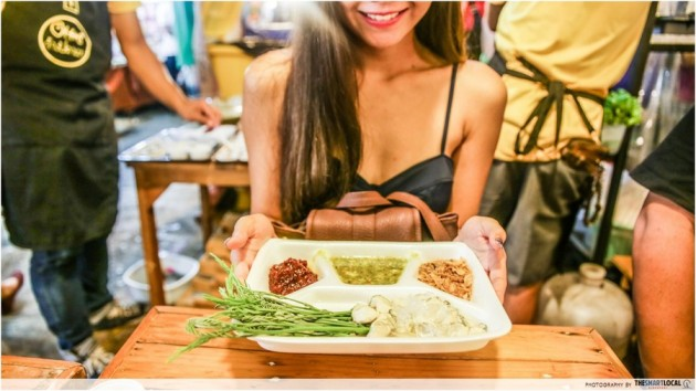 Bangkok's Rod Fai Has A Sister Market Right Next To The MRT - Here's What You Should Eat