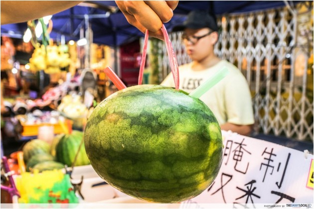 Malacca's Jonker Night Market - 7 Things You Must Eat
