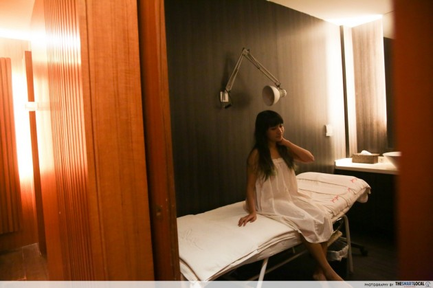 Jean Yip facial cubicle room