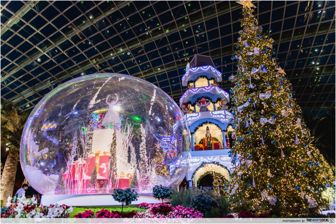 Flower Dome's Christmas Decorations Are Up And It Looks Like A European Christmas