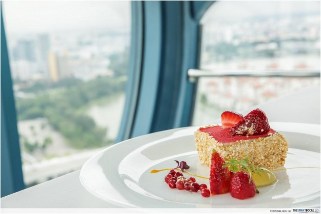 Strawberry Mouse Cake, Singapore Flyer dining