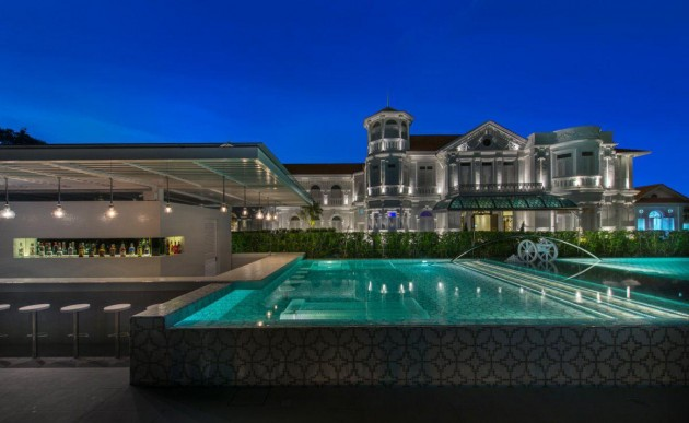 Macalister Mansion, pool