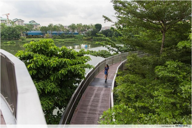 Quirky bridges Singapore The Spiral @ Yishun