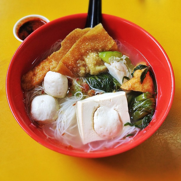 7 Unique Yong Tau Foo Variations You Can Find In Singapore