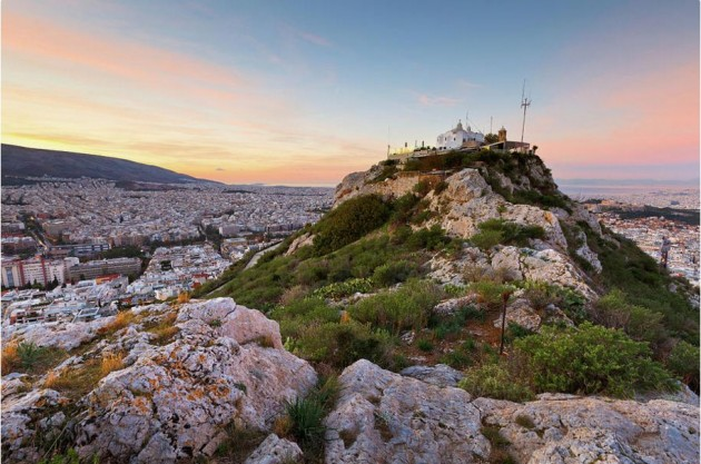 10 Reasons Athens Is THE Honeymoon Location That Just Got ...