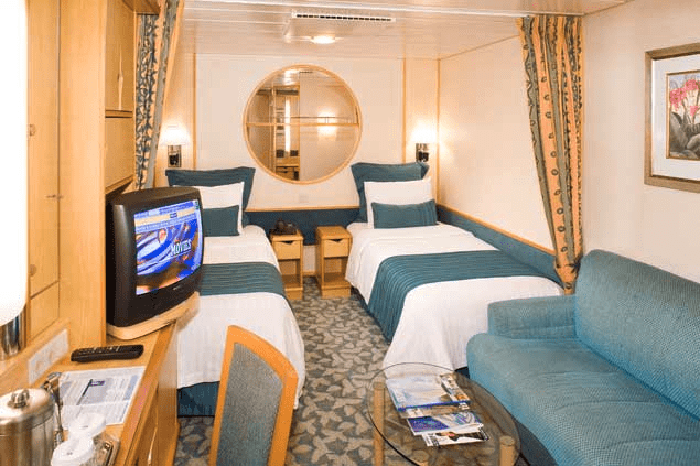 Catch up on beauty sleep in the Royal Mariner of the Seas' staterooms.