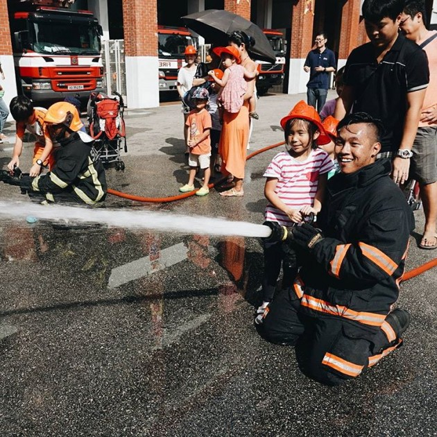 Learn how to use a fireman hose