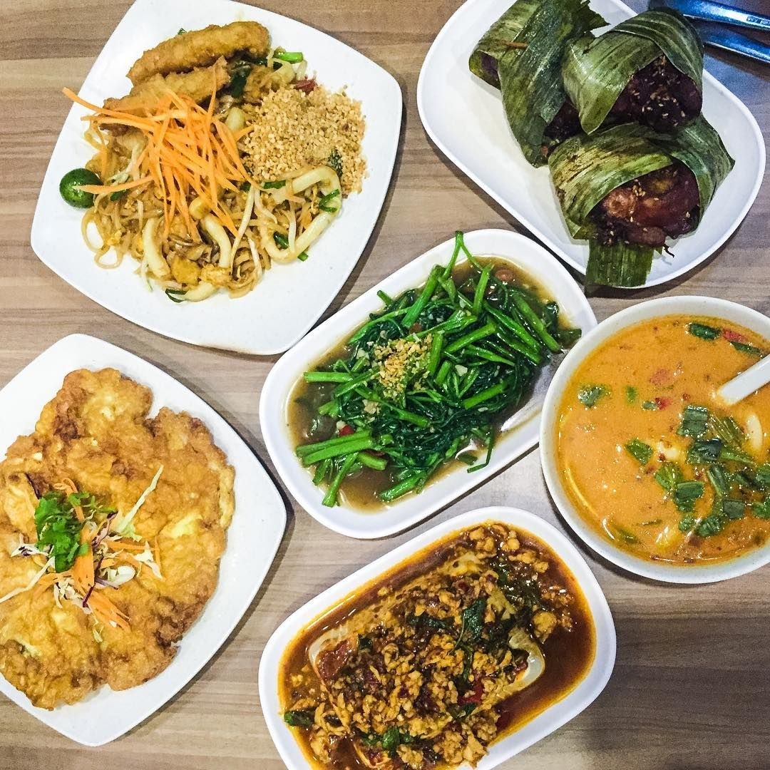 Delicious Thai dishes at Jai Thai Restaurant!