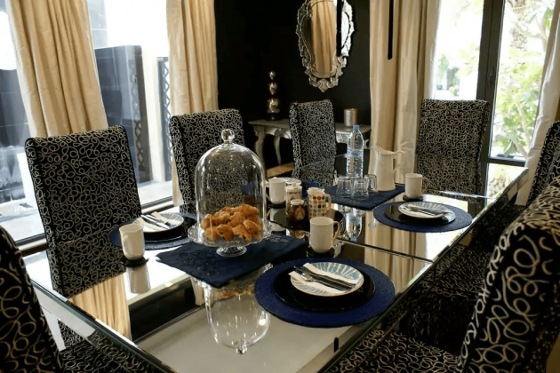 Villa Palm Jumeirah, Dining Room