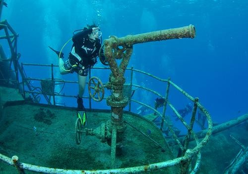 usat liberty tulamben bali diving indonesia wreck ship wwii underwater