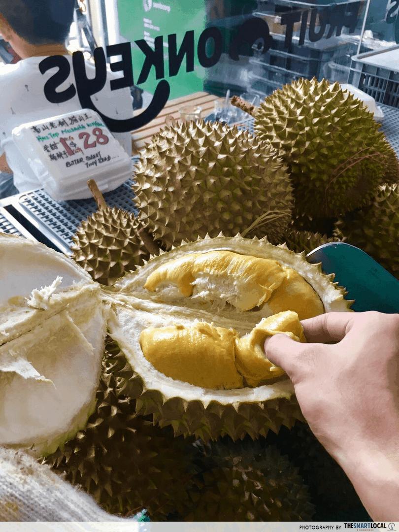 maoshanwang fruit monkey
