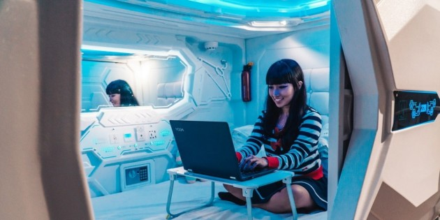 This Space-Themed Capsule Hostel Exists In Singapore With Pods From Just $40/Night