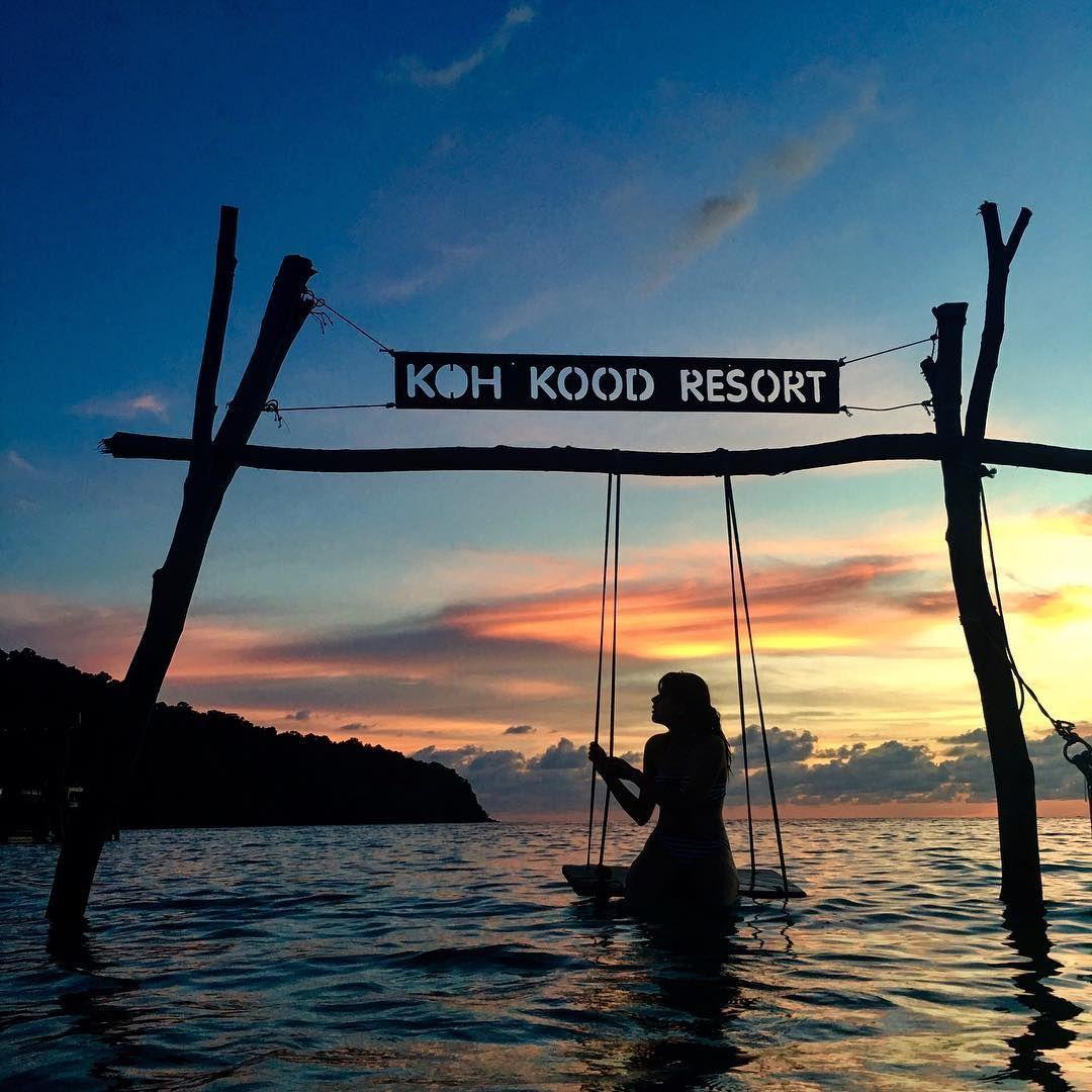 Koh Kood Resort Beach Swing
