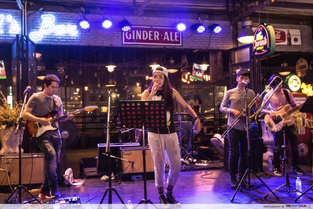 Bangkok Live Band Bar