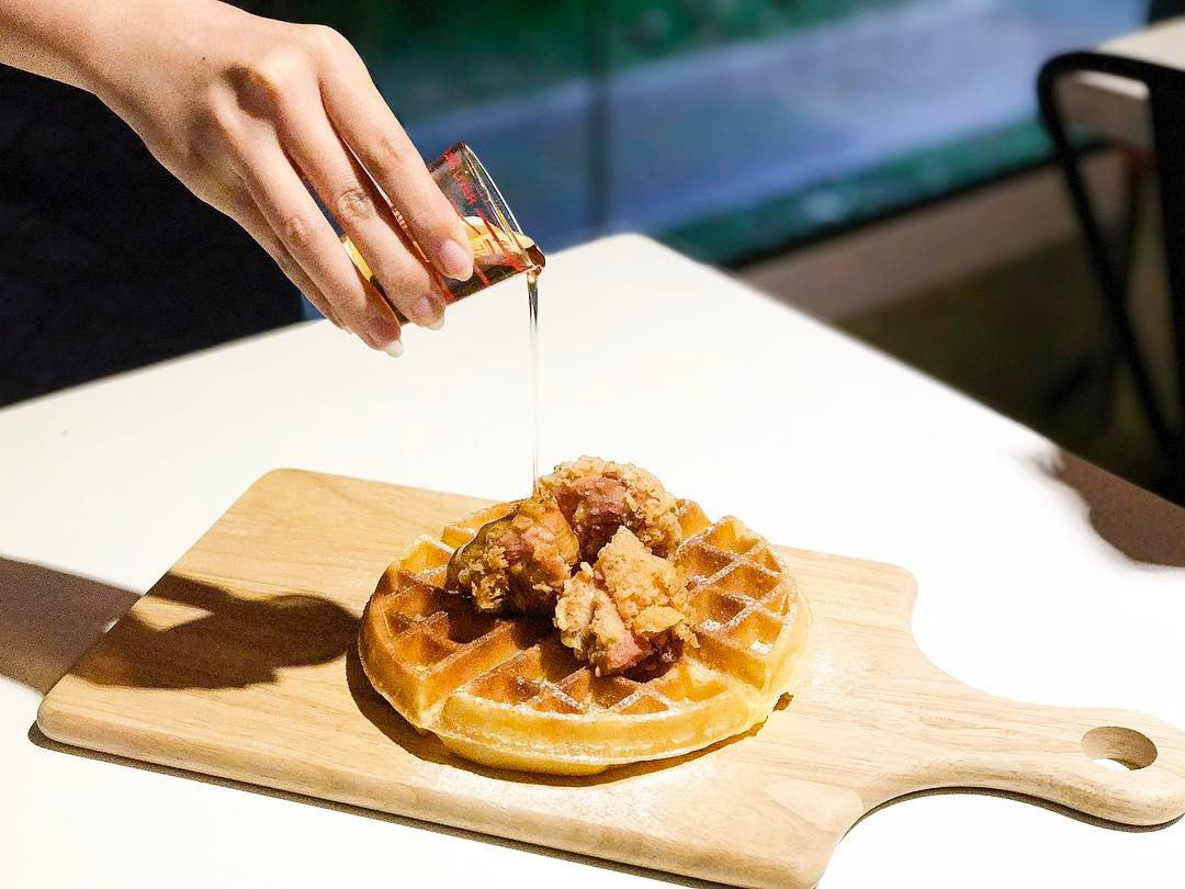 Halal Restaurant - Citrus By The Pool Chicken Waffle