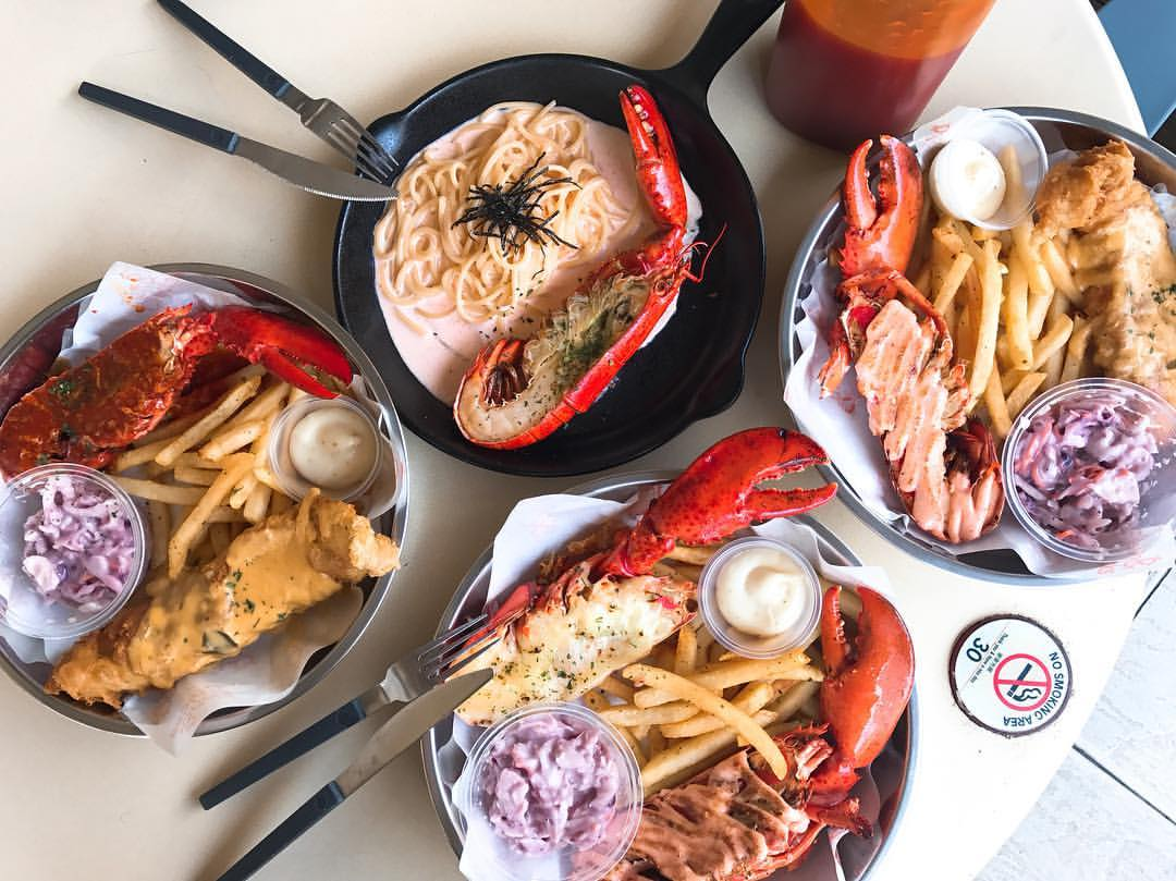 Halal Restaurant - Fish & Chicks Best Lobster