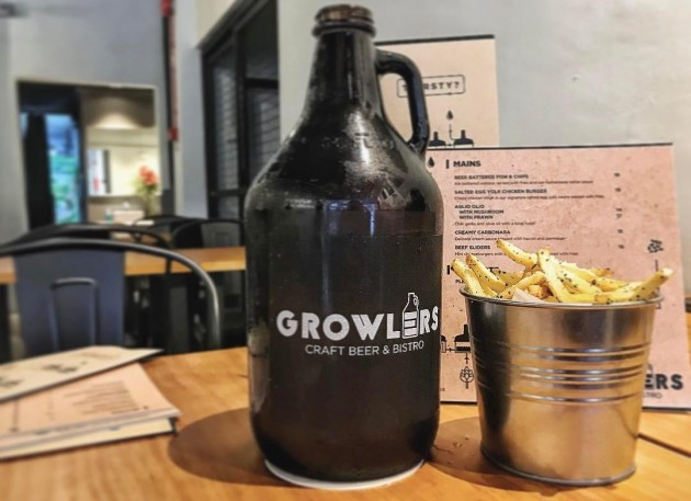 Growler's craft beer