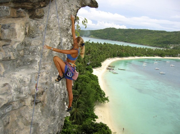 8 Newbie-Friendly Climbing Destinations In SEA You Needn't Lie To Your Mother About