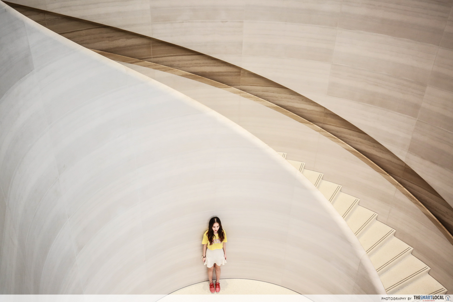 Chio Staircase - Apple Top Shot