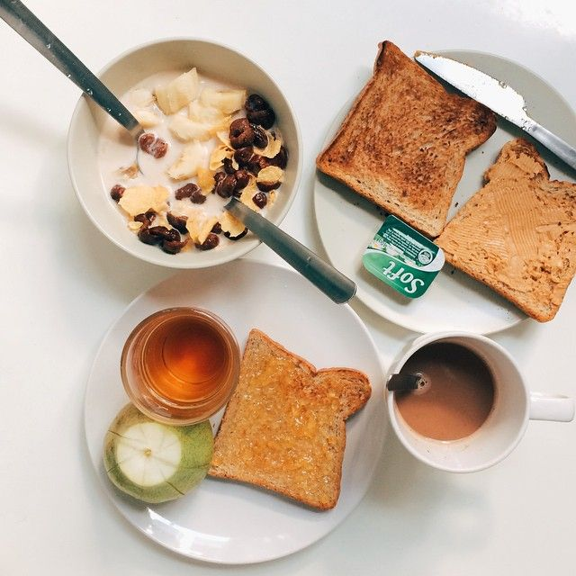 wink hostel - breakfast