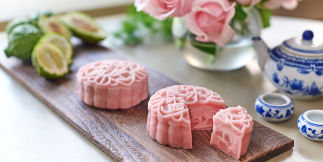 goodwood park hotel pear mooncake