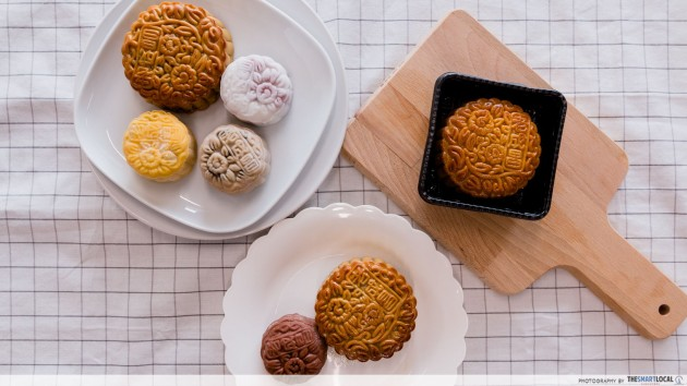 crystal jade mooncakes
