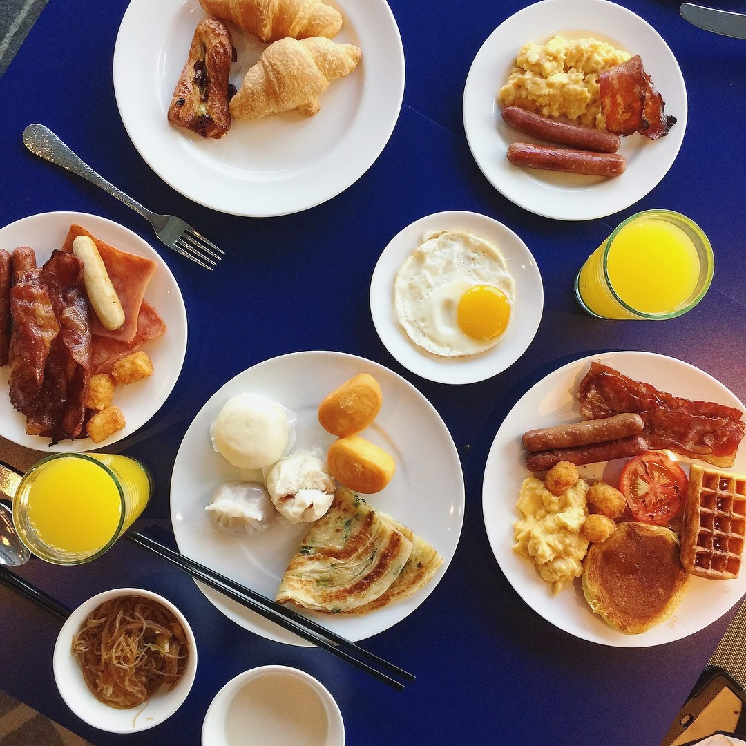Genting Dream Cruise - The Lido Breakfast