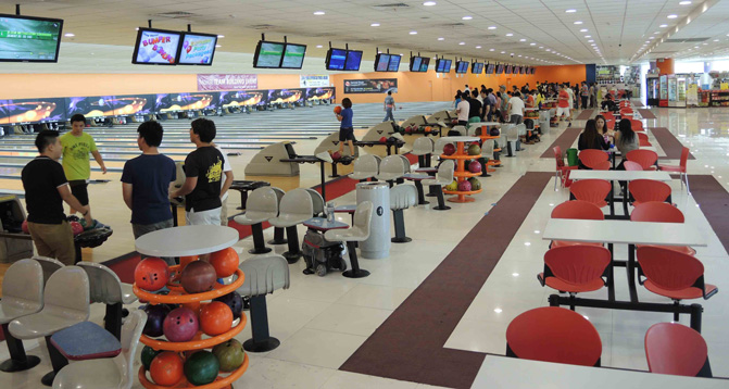 superbowl singapore bowling