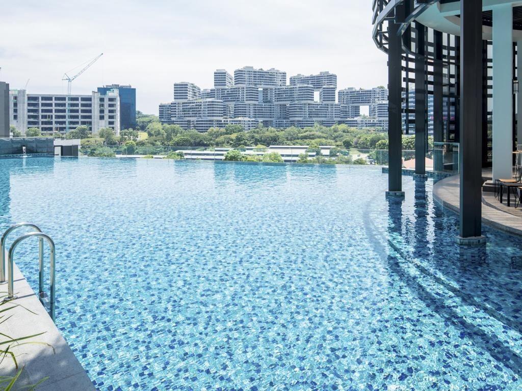 infinity pool singapore hotel. Park Hotel Alexandra Infinity Pool Singapore