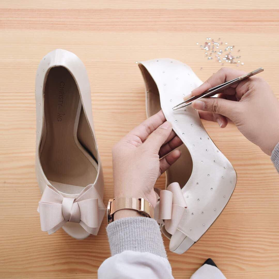 ab141541382 5 Shops In Singapore For Customised Ladies Shoes Where You Can ...