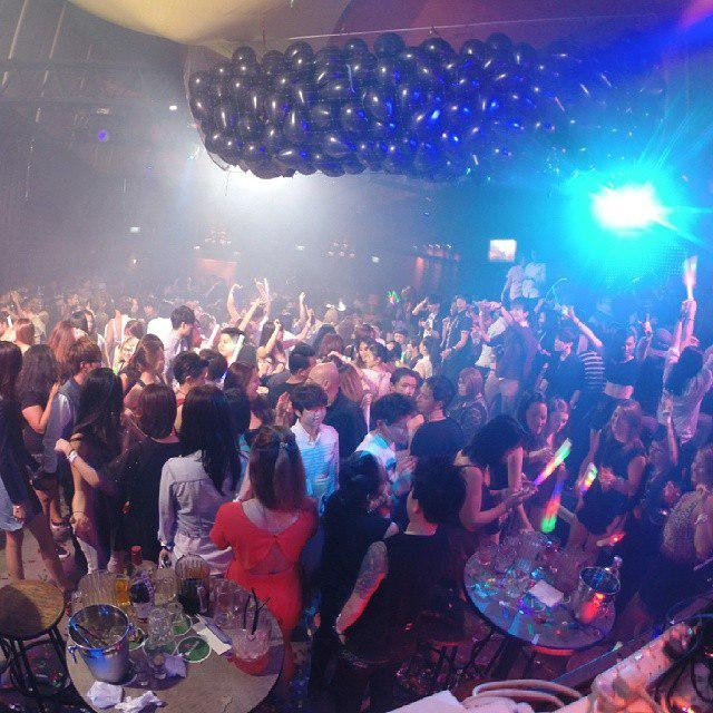 Themed Clubbing Nights - Herstory Crowd