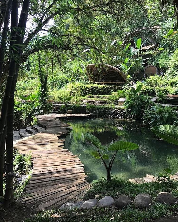 Bali Eco-Resorts - Bambu Indah Pond