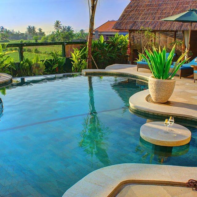 Bali Eco-Resorts - Flaoting Leaf