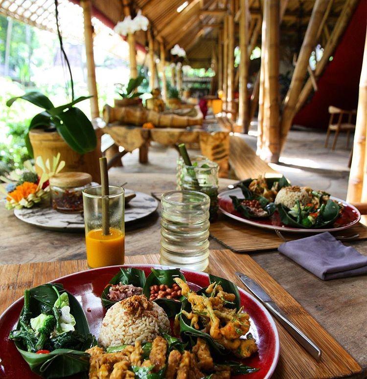 Bali Eco-Resorts - Bambu Indah Food