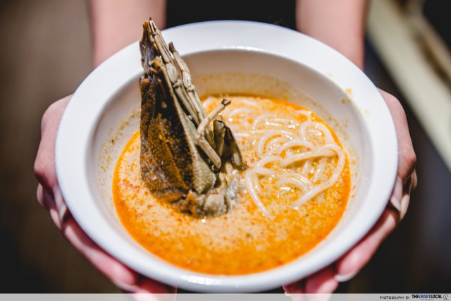 fourpoints-crayfish-laksa