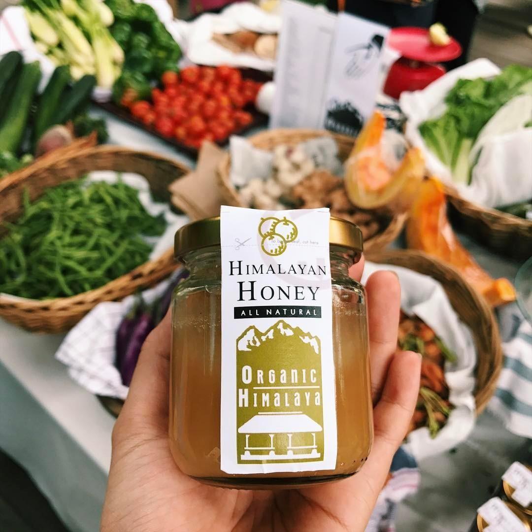 organic honey at loewen gardens