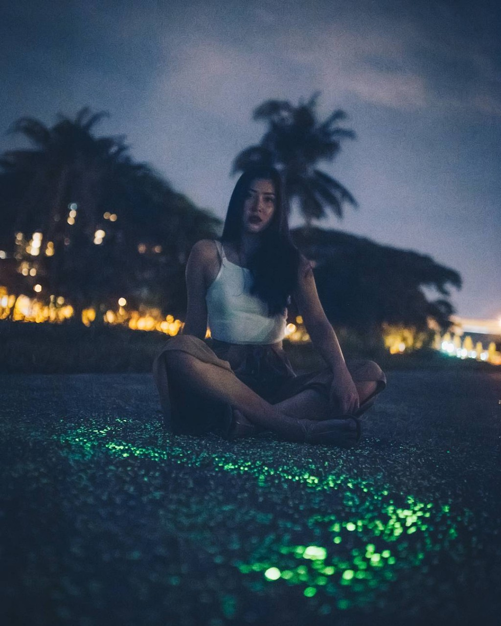 speed dating in the dark singapore Where to find girls in hong kong (plus 9 dating tips)  and it has a dark side  the ladies market and speed dating events are the best pick up joints in hong kong.