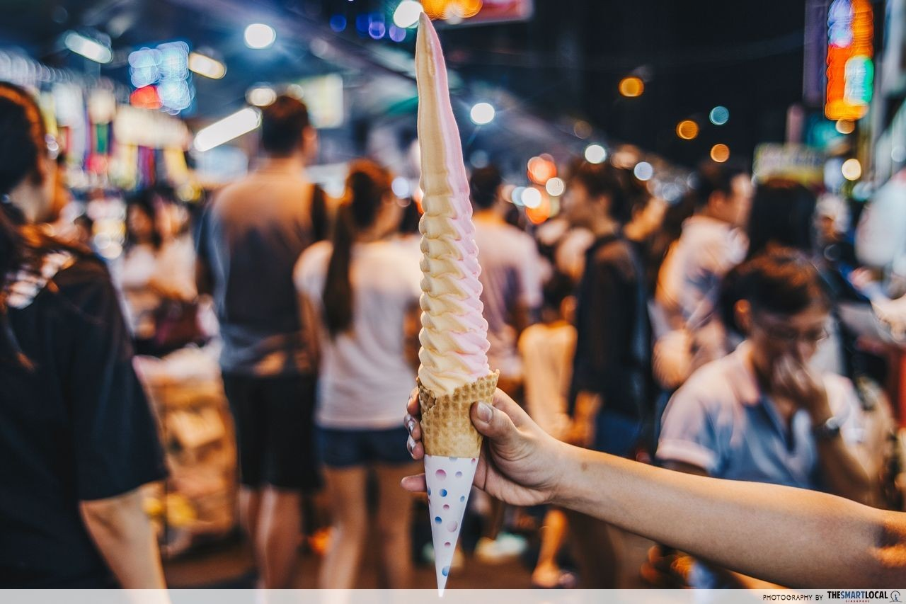 Feng Jia Night Market Taichung long ice cream