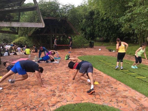 Free fitness groups online Singapore bootcamp training