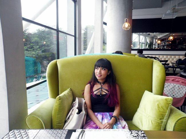 Arteastiq Plaza Singapura sofa