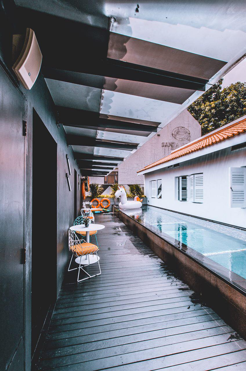 xy hotel bugis singapore pool